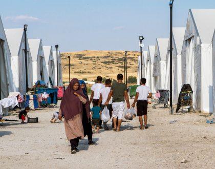 Viure confinades en un camp de refugiades de Grècia